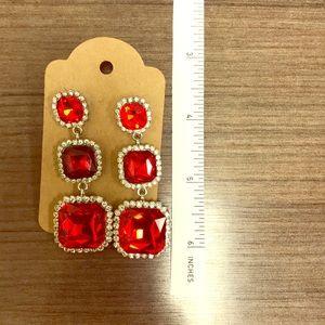Jewelry - Elegant red drop / dangle earrings